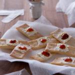 Biscotti cerotti (con i cracker fatti in casa)