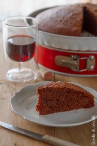 Torta al vino rosso e cioccolato (con olio d'oliva)