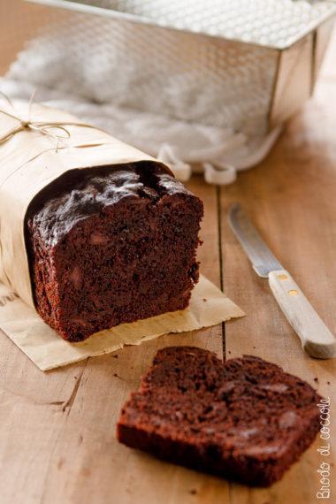 plum cake al cioccolato con yogurt