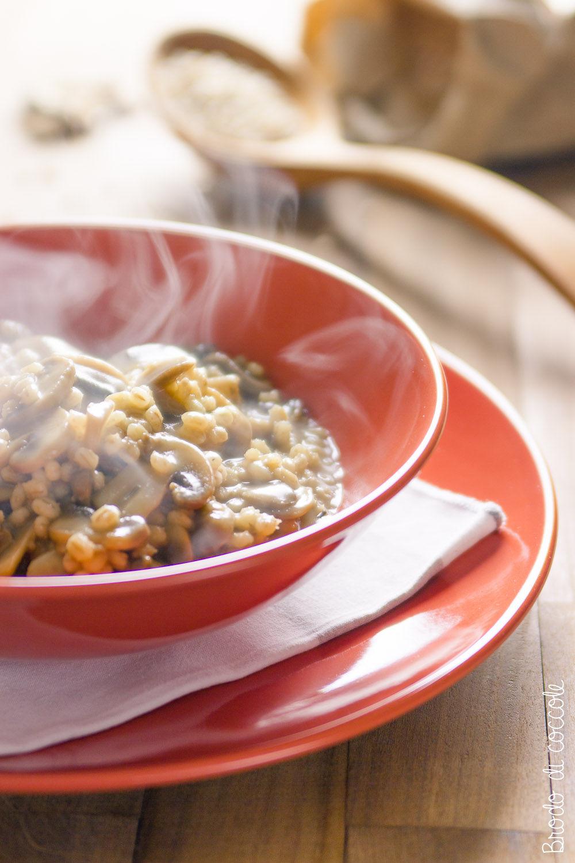 Zuppa di orzo e funghi