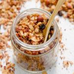 Granola al cocco fatta in casa