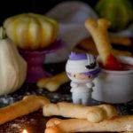 Ossa di pane al formaggio per Halloween