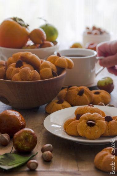 Biscotti di zucca e mandorle per Halloween