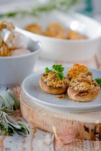 Funghi champignon ripieni vegetariani