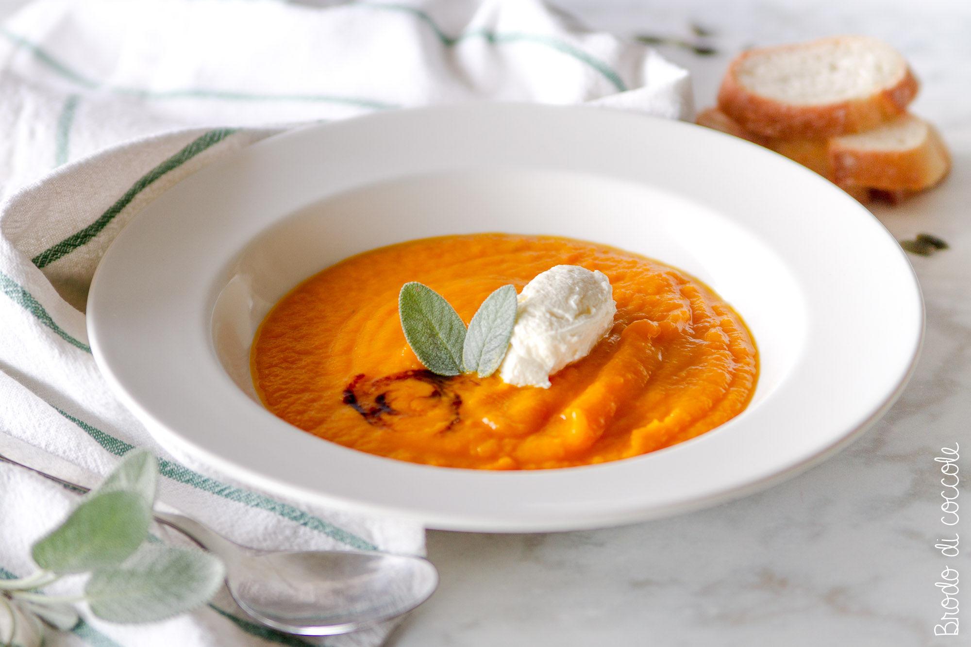 Crema di zucca e carote con robiola e balsamico